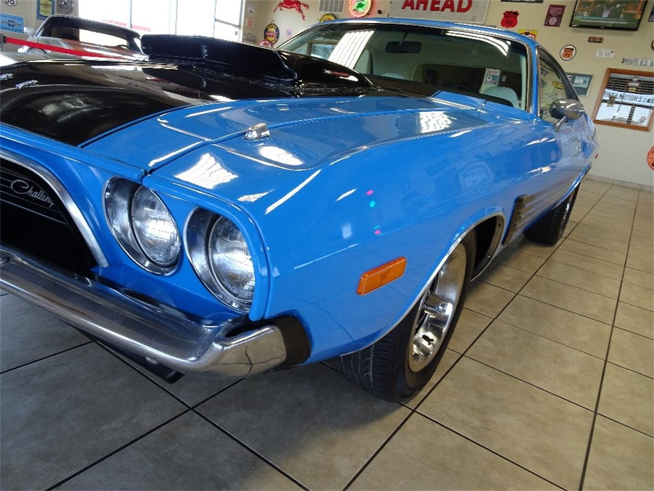 Large Picture of '74 Challenger - NBQ1