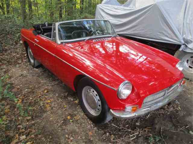 Picture of Classic 1965 MGB located in North Carolina Offered by a Private Seller - N5ZJ