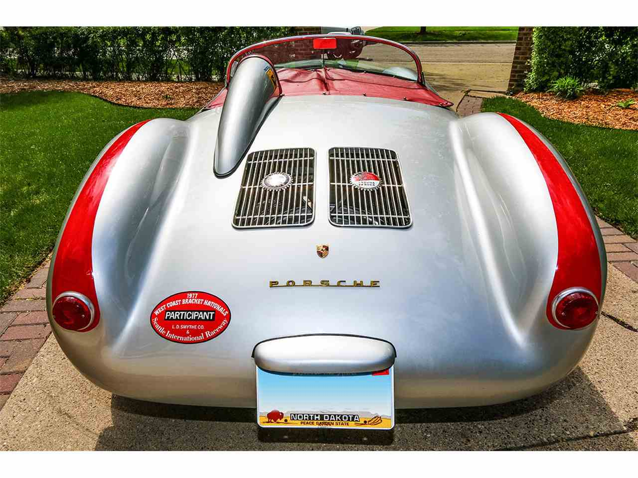 Large Picture of 1955 Porsche 550 - NC22