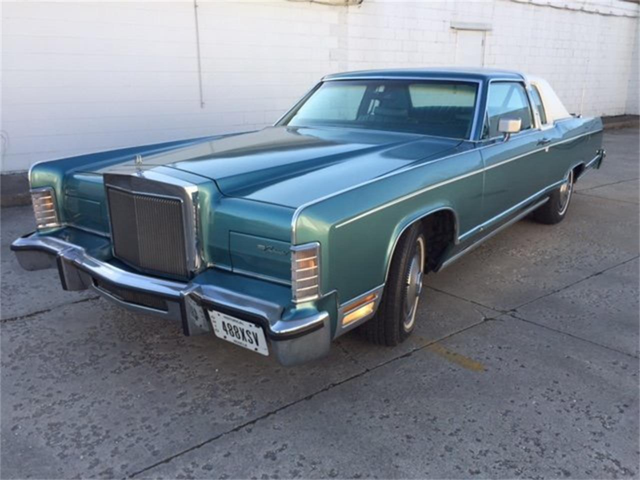 Large Picture of '79 Town Car - NC9L