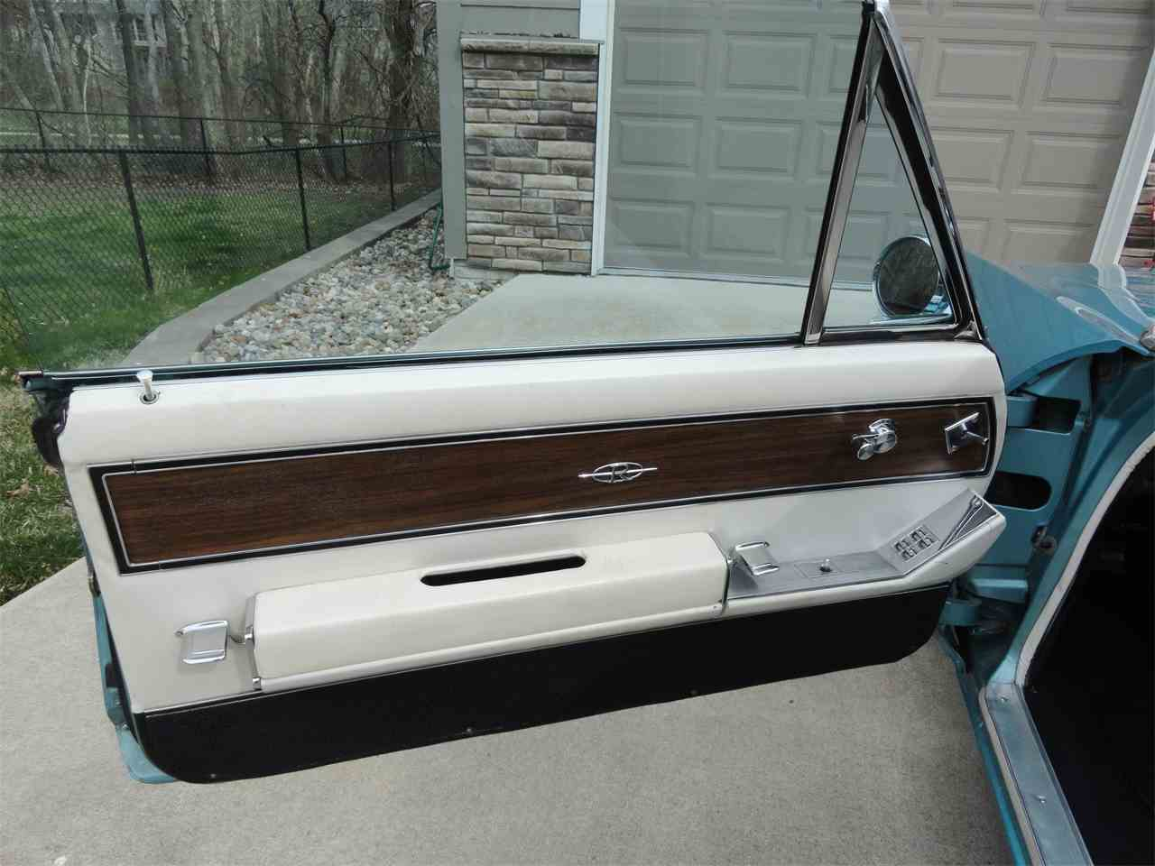 Large Picture of 1964 Riviera located in Iowa - NCAV