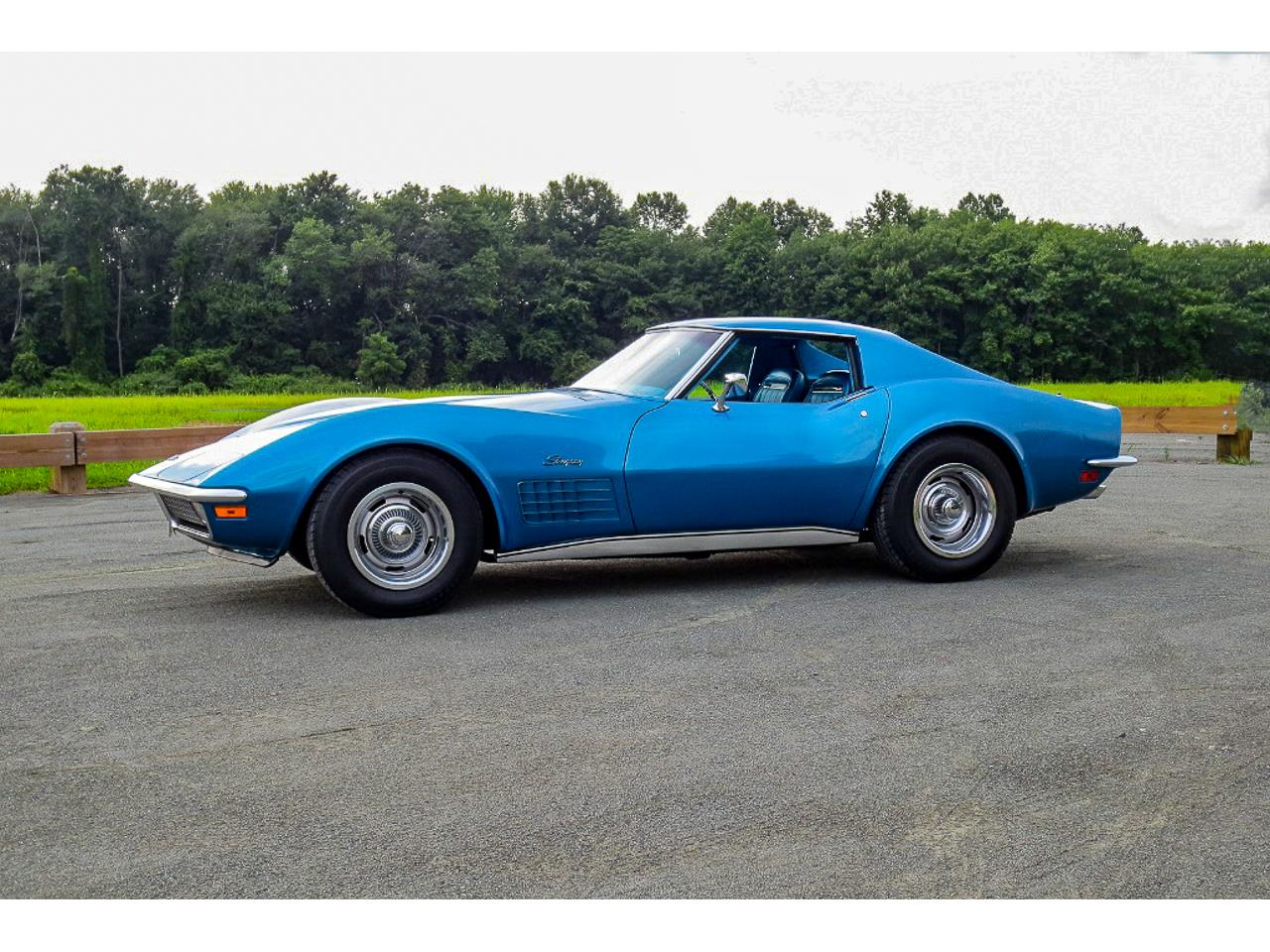 Large Picture of '70 Corvette - NCBT