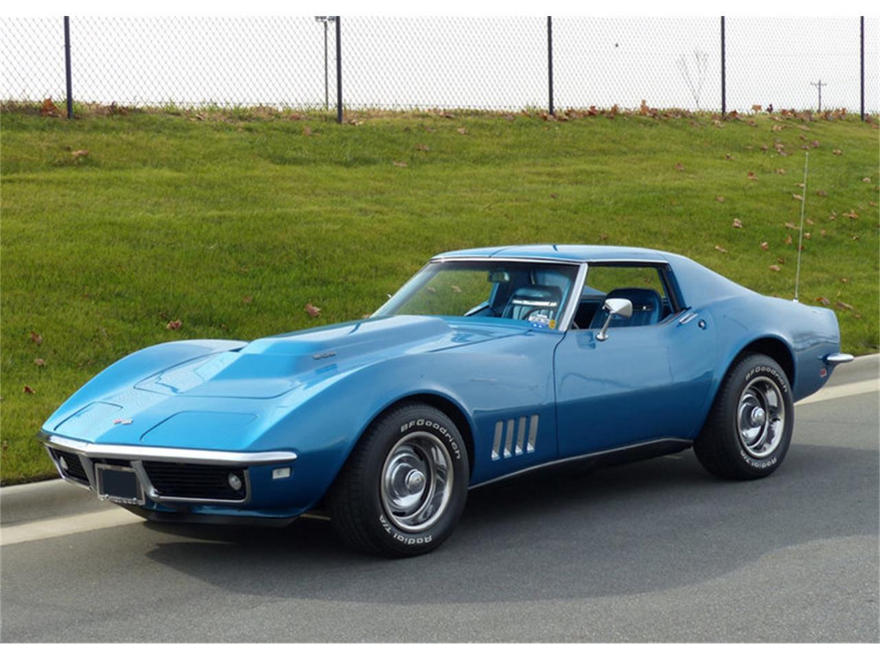Large Picture of '68 Corvette - NCJ7
