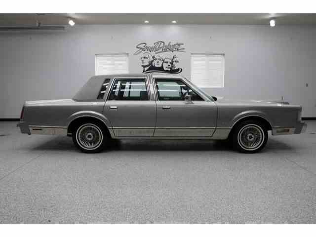 Picture of '87 Town Car - NCNT