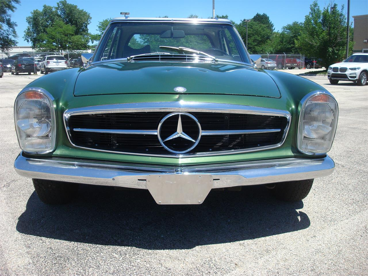 Large Picture of 1969 280SL located in naperville Illinois Offered by Naperville Auto Haus - NCRY