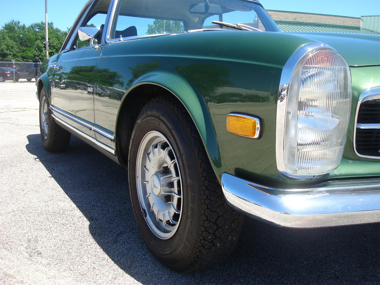 Large Picture of Classic 1969 280SL Offered by Naperville Auto Haus - NCRY