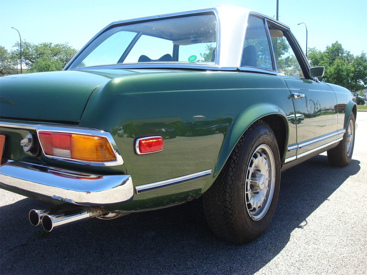 Large Picture of Classic 1969 Mercedes-Benz 280SL located in Illinois - $105,000.00 Offered by Naperville Auto Haus - NCRY