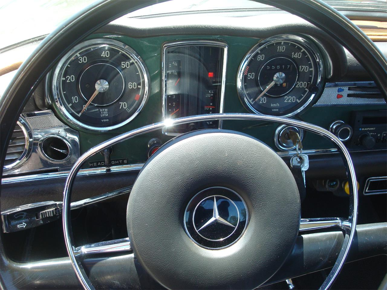 Large Picture of Classic 1969 280SL located in naperville Illinois Offered by Naperville Auto Haus - NCRY