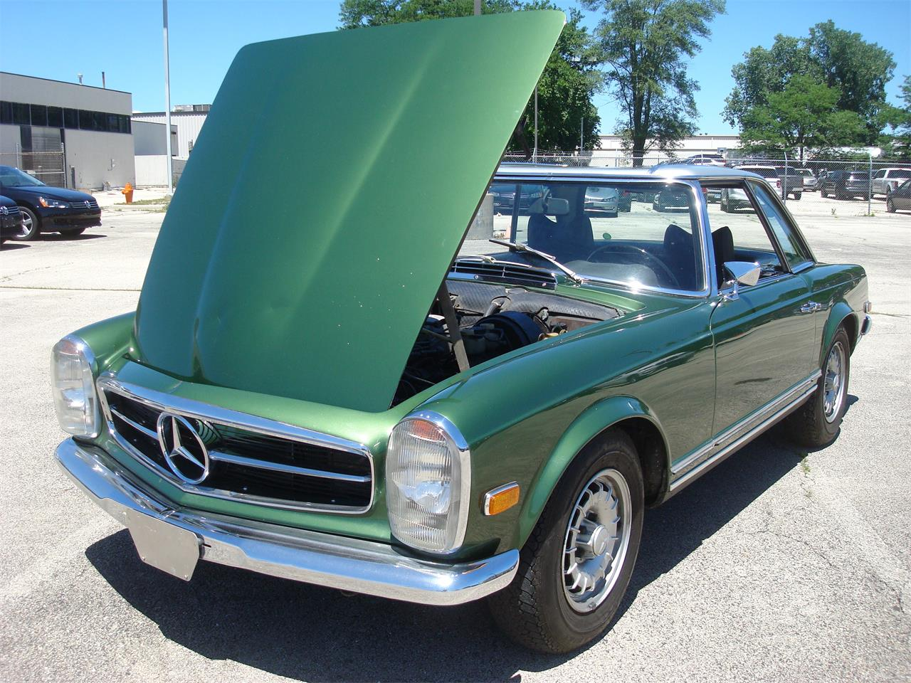 Large Picture of Classic 1969 280SL located in Illinois - $105,000.00 Offered by Naperville Auto Haus - NCRY