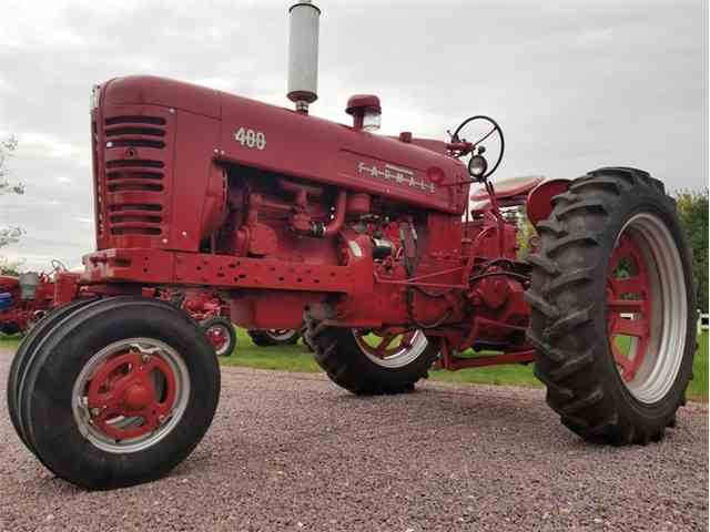 Picture of Classic 1956 Farmall 400 located in Mankato Minnesota - $4,500.00 Offered by Unique Specialty And Classics - N631