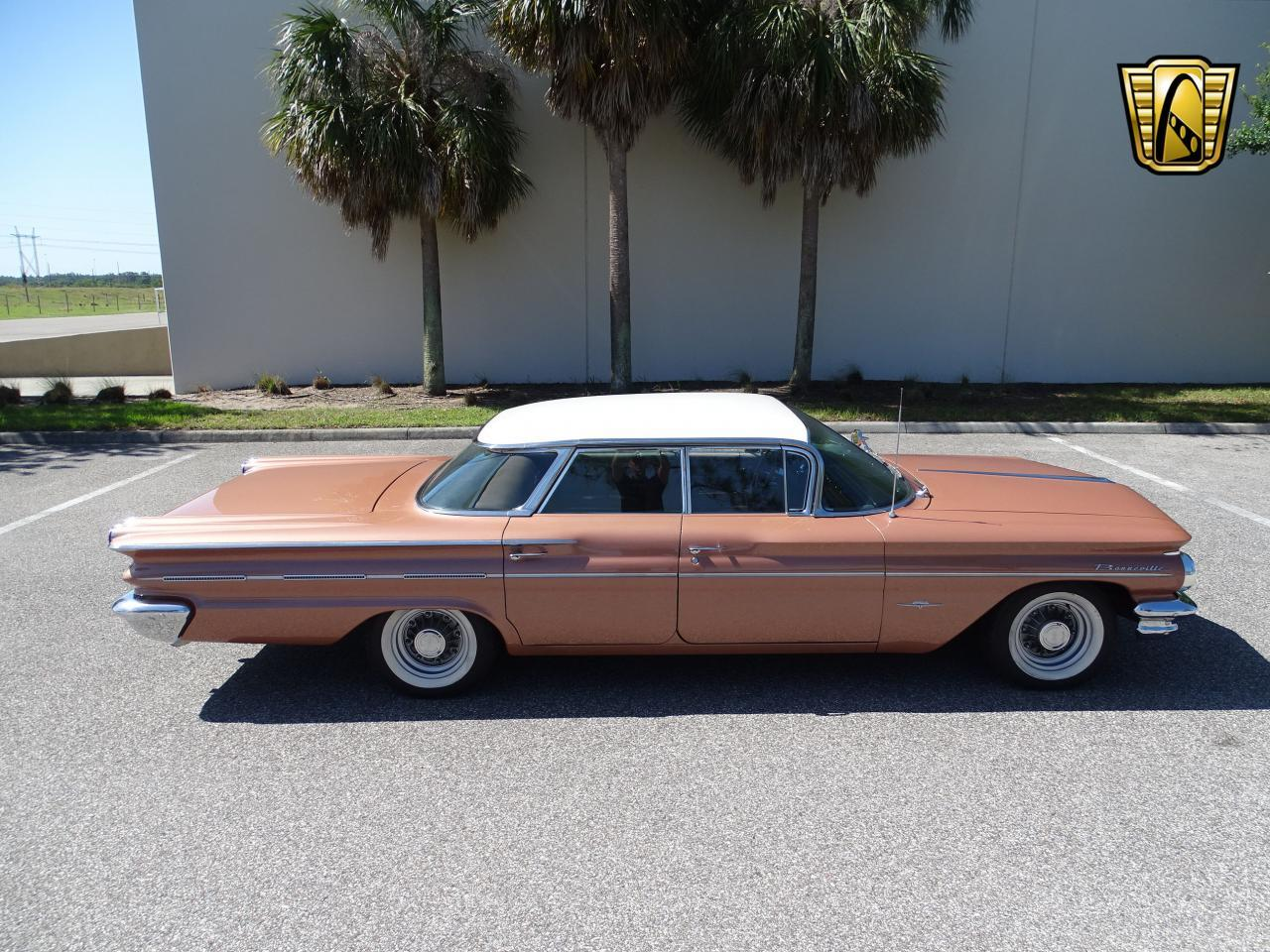 Large Picture of '60 Pontiac Bonneville located in Florida - $29,995.00 - NCZ9