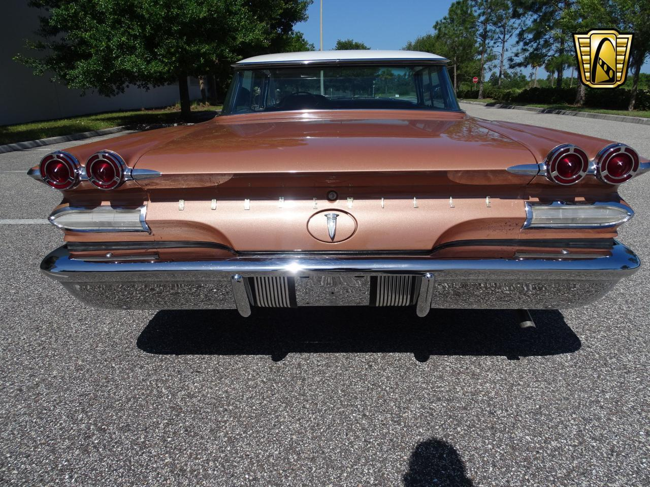 Large Picture of Classic 1960 Pontiac Bonneville located in Florida Offered by Gateway Classic Cars - Tampa - NCZ9