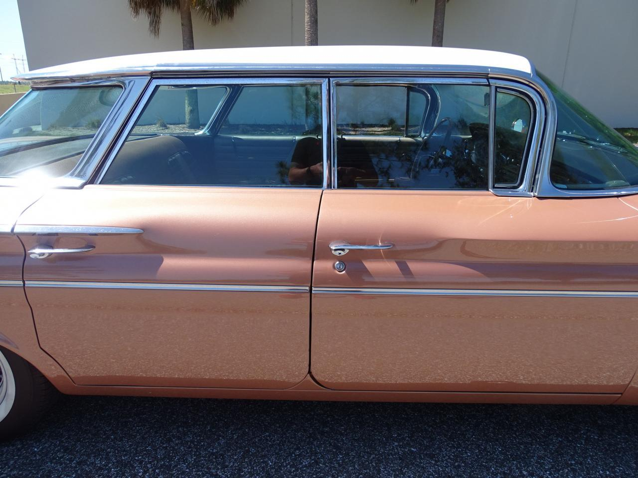Large Picture of 1960 Bonneville located in Florida Offered by Gateway Classic Cars - Tampa - NCZ9