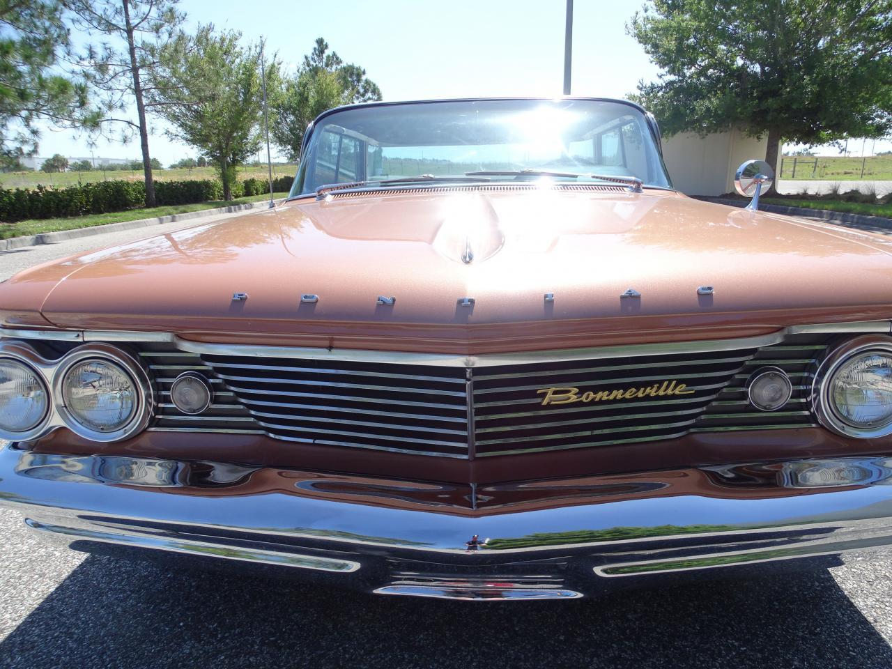 Large Picture of Classic '60 Pontiac Bonneville located in Ruskin Florida - $29,995.00 Offered by Gateway Classic Cars - Tampa - NCZ9