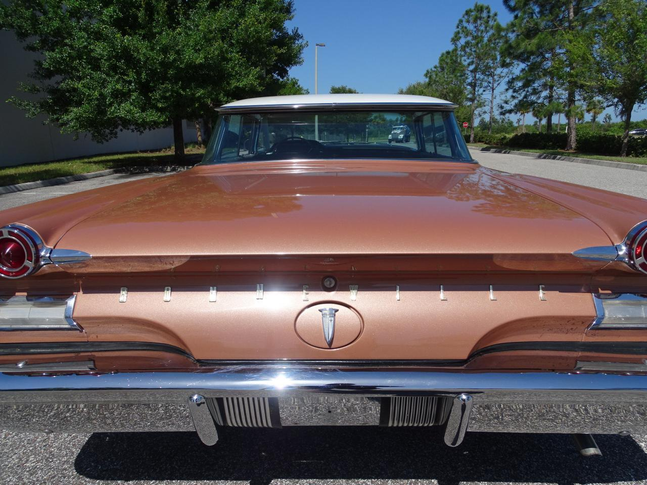 Large Picture of '60 Pontiac Bonneville located in Ruskin Florida - $29,995.00 Offered by Gateway Classic Cars - Tampa - NCZ9