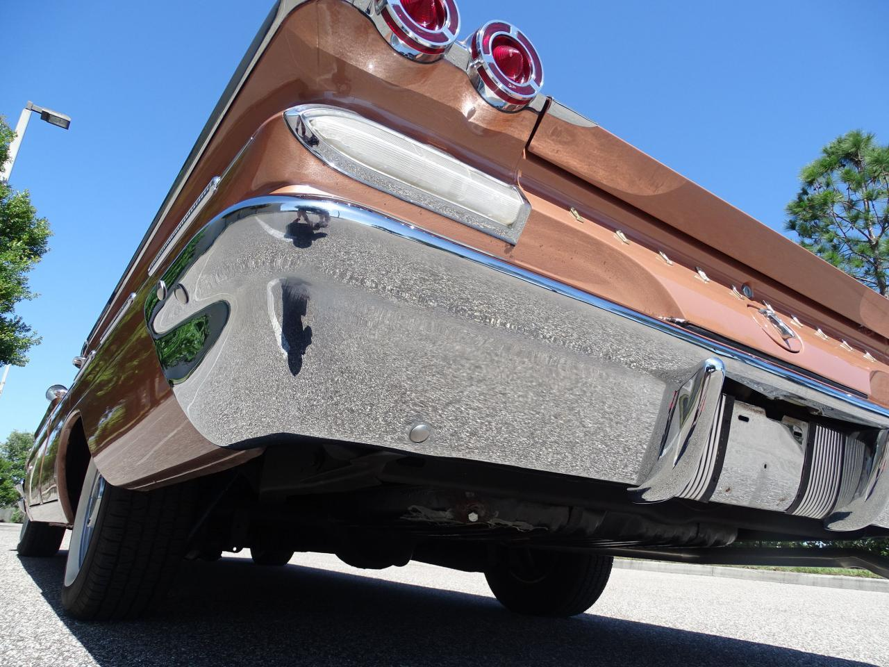 Large Picture of 1960 Pontiac Bonneville located in Florida Offered by Gateway Classic Cars - Tampa - NCZ9