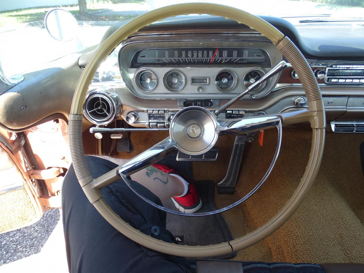 Large Picture of Classic '60 Bonneville - $29,995.00 Offered by Gateway Classic Cars - Tampa - NCZ9