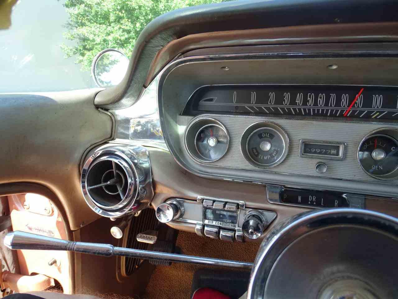 Large Picture of '60 Bonneville - NCZ9