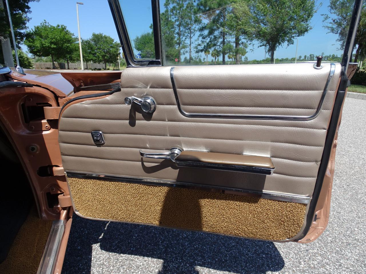 Large Picture of '60 Bonneville located in Florida - $26,995.00 Offered by Gateway Classic Cars - Tampa - NCZ9
