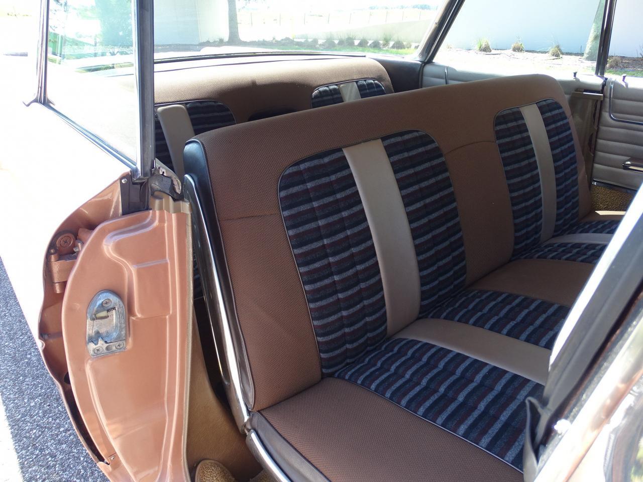 Large Picture of Classic '60 Pontiac Bonneville - $26,995.00 - NCZ9