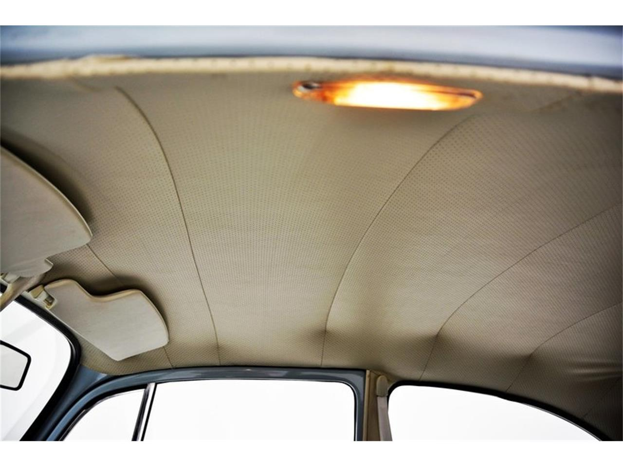 Large Picture of 1970 Volkswagen Beetle - ND5C