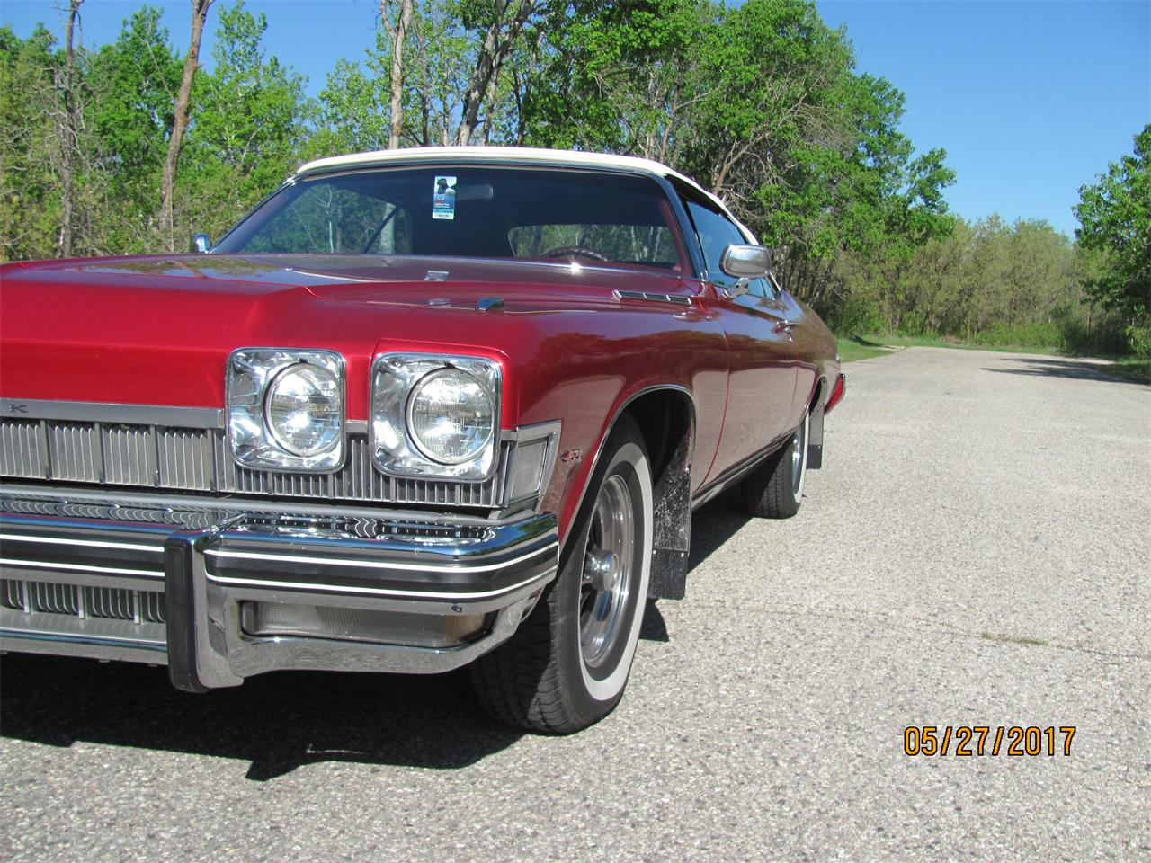 Large Picture of '74 Buick LeSabre located in Manitoba Offered by a Private Seller - NE2D
