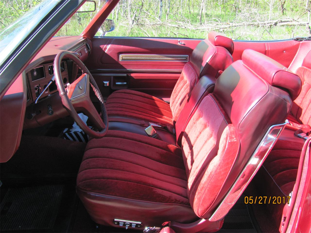Large Picture of 1974 Buick LeSabre located in Winnipeg Manitoba - $15,500.00 - NE2D