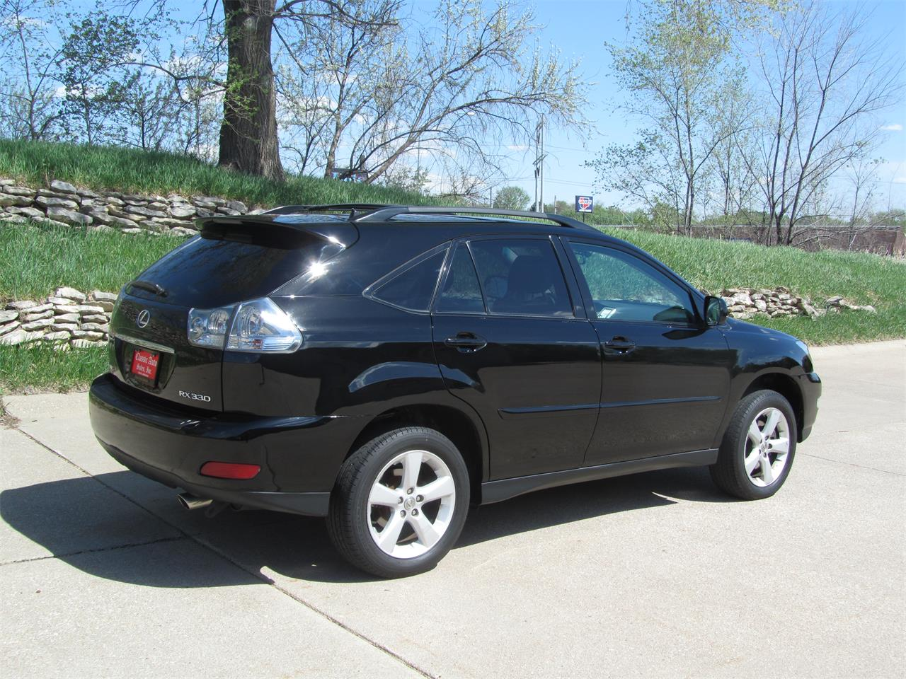 Large Picture of 2005 Lexus RX330 located in Omaha Nebraska - $14,900.00 Offered by Classic Auto Sales - NE2J