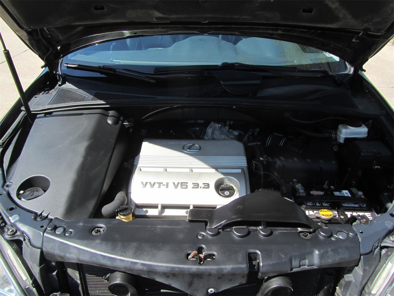 Large Picture of '05 RX330 located in Nebraska Offered by Classic Auto Sales - NE2J