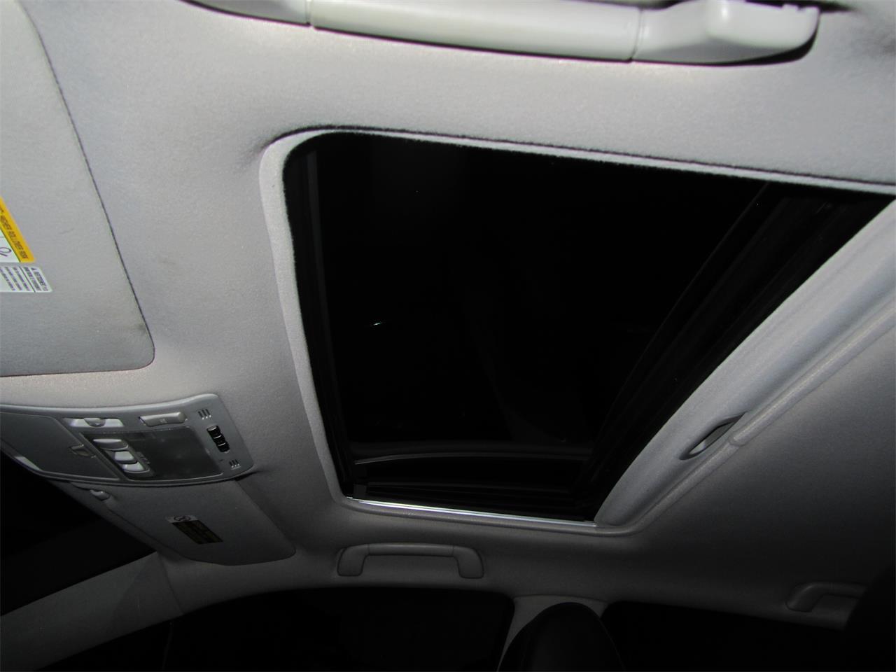 Large Picture of '05 Lexus RX330 located in Omaha Nebraska - $14,900.00 - NE2J