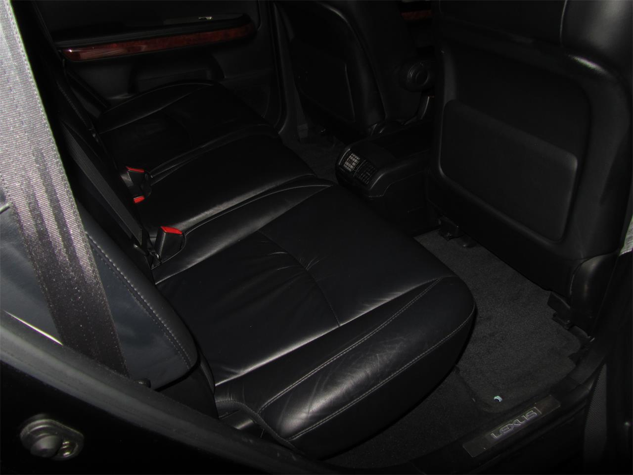 Large Picture of '05 Lexus RX330 located in Omaha Nebraska - NE2J
