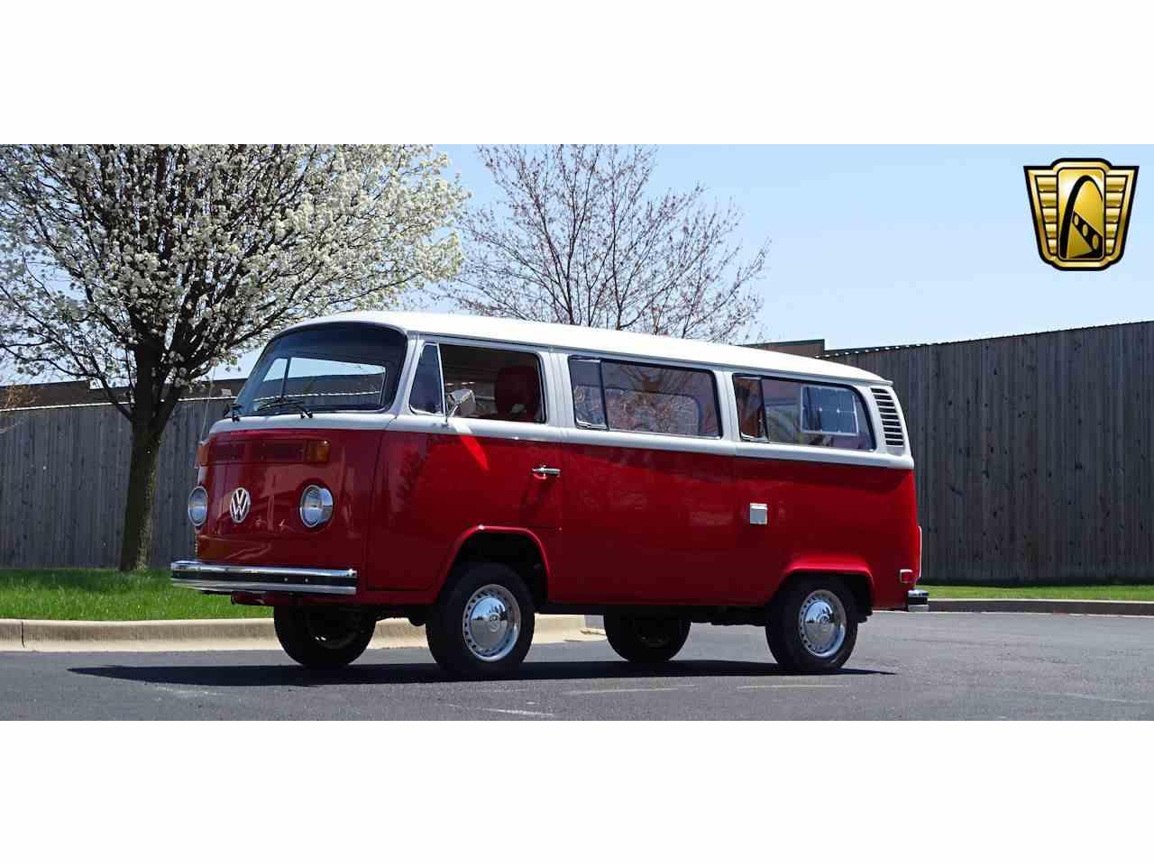Large Picture of '74 Volkswagen Westfalia Camper - NEEL