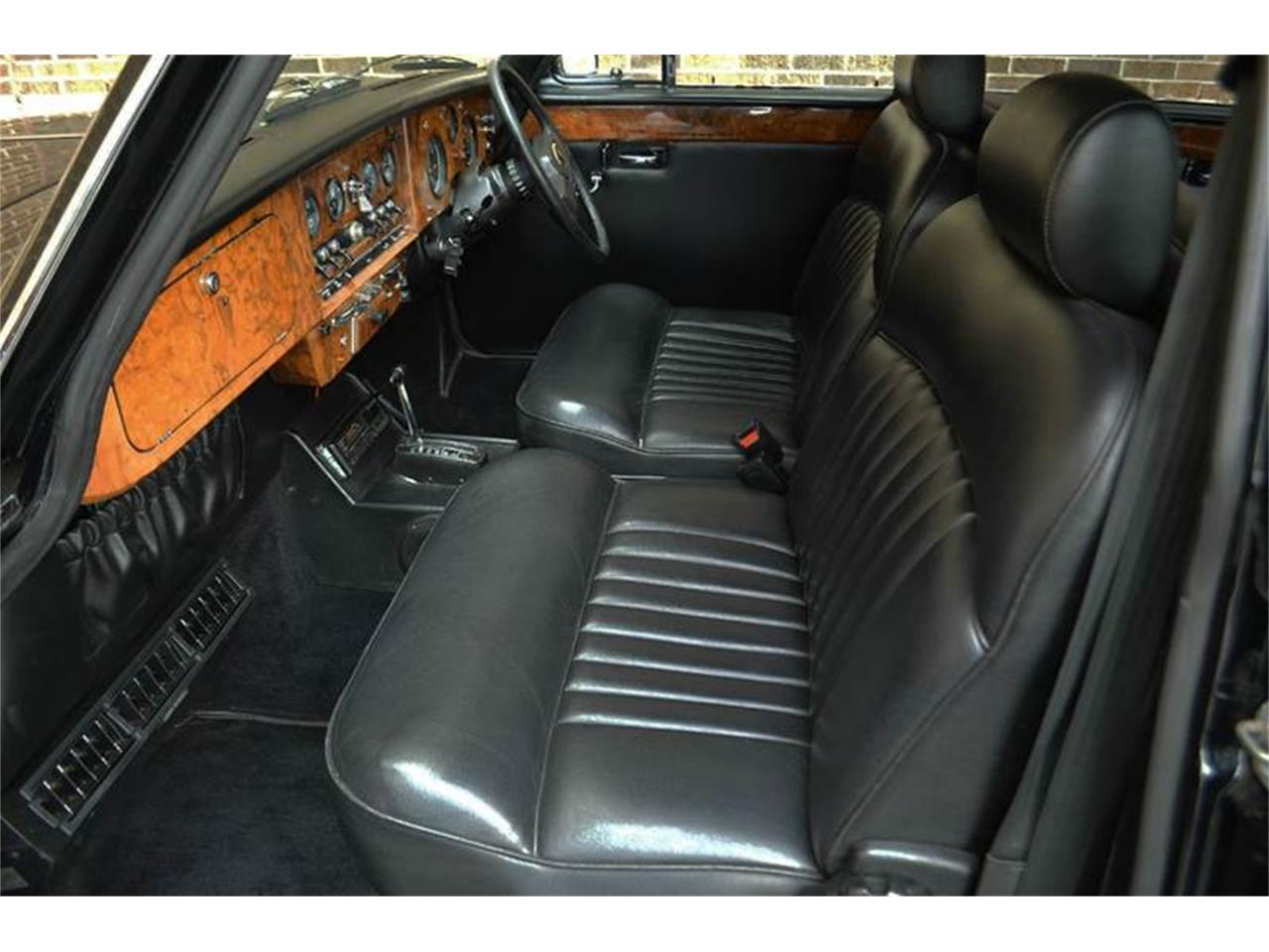 Large Picture of '85 Daimler Offered by Park-Ward Motors - NEFO