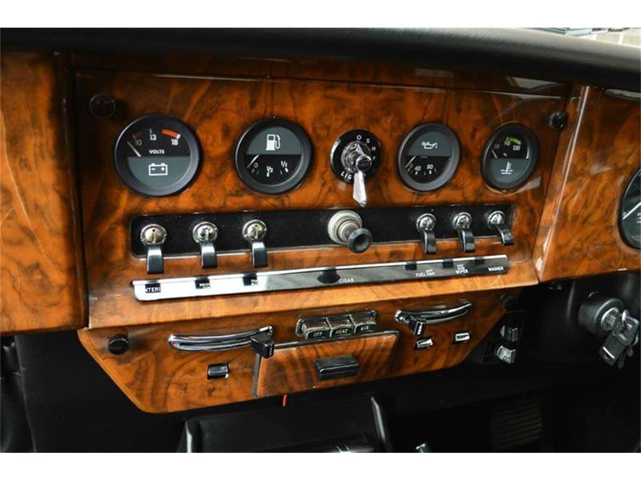 Large Picture of '85 Jaguar Daimler - $44,500.00 Offered by Park-Ward Motors - NEFO