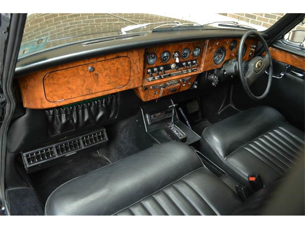 Large Picture of 1985 Daimler - $44,500.00 Offered by Park-Ward Motors - NEFO