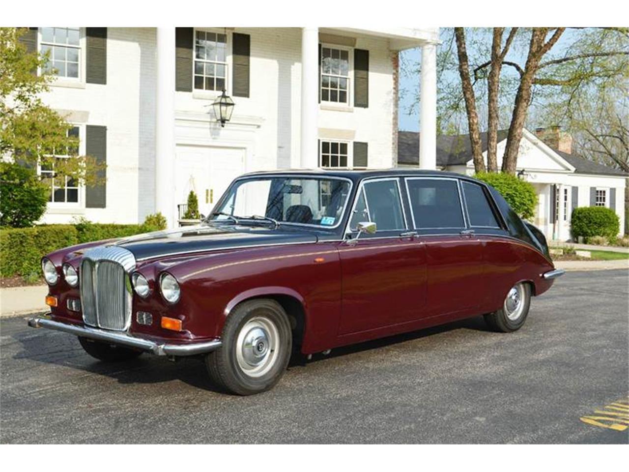 Large Picture of 1985 Jaguar Daimler Offered by Park-Ward Motors - NEFO
