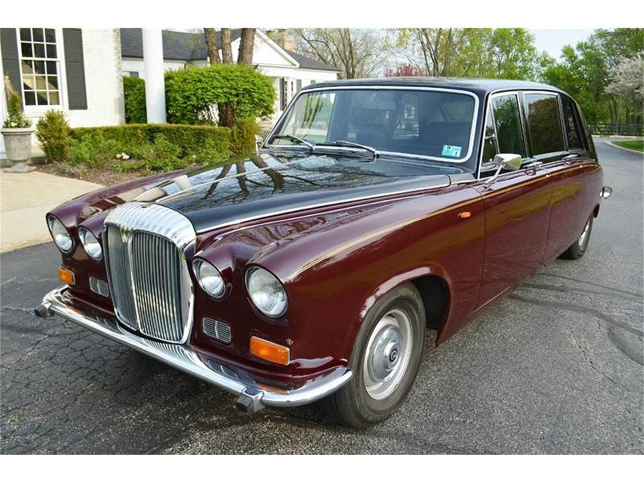 Large Picture of 1985 Jaguar Daimler located in Carey Illinois - NEFO