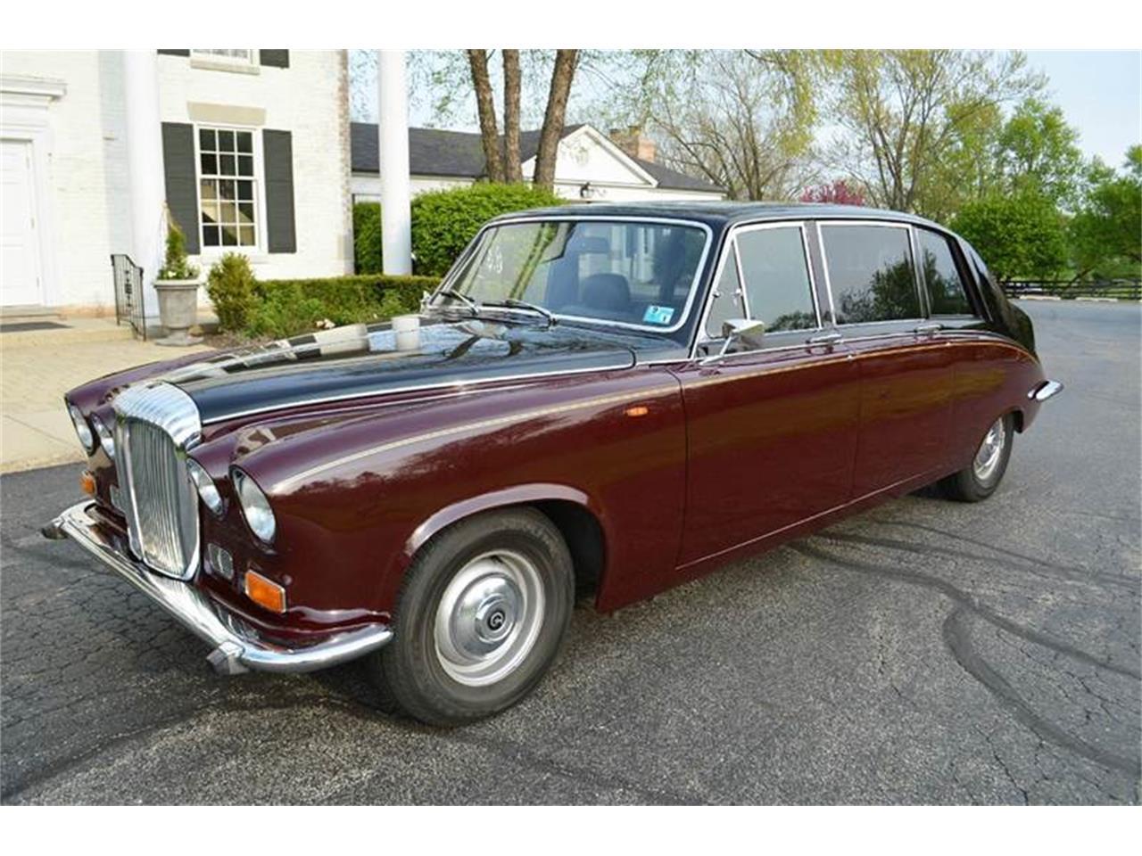 Large Picture of '85 Jaguar Daimler located in Carey Illinois - $44,500.00 - NEFO