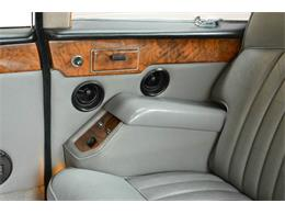 Picture of 1985 Daimler located in Illinois Offered by Park-Ward Motors - NEFO