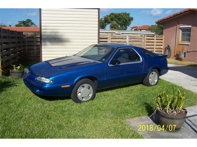 Picture of 1992 Dodge Daytona located in Miami Florida - $8,500.00 Offered by a Private Seller - NEIZ