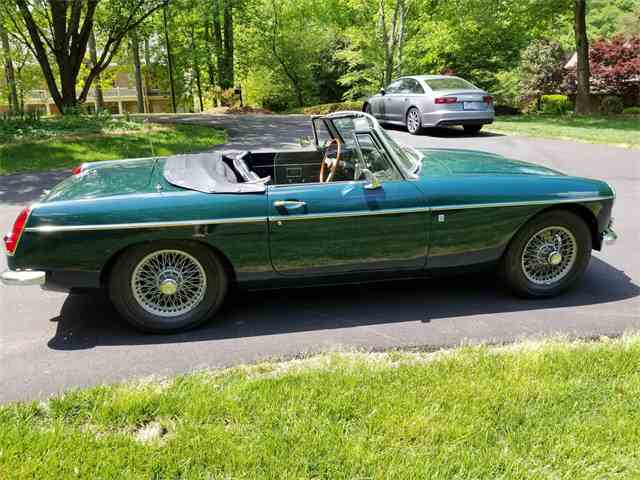 Picture of '68 MGB - NEJ5