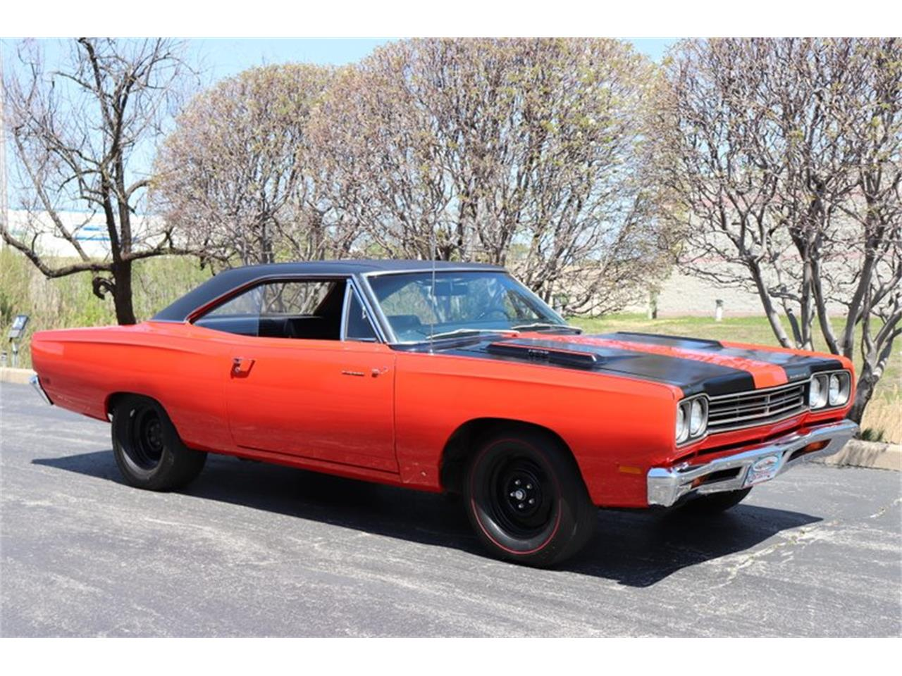 Large Picture of Classic '69 Plymouth Road Runner located in Illinois Offered by Midwest Car Exchange - NENK