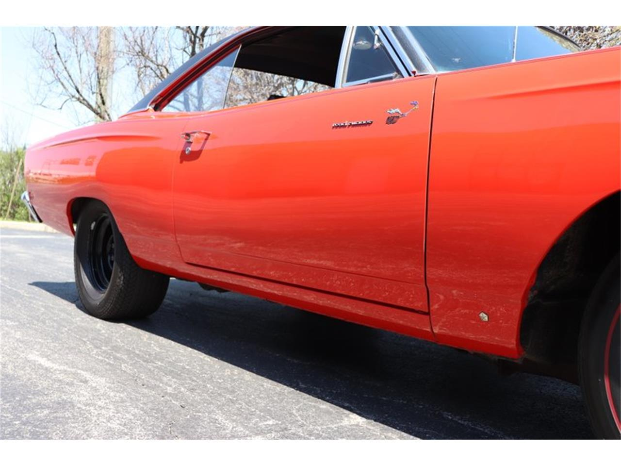 Large Picture of '69 Road Runner located in Alsip Illinois Offered by Midwest Car Exchange - NENK