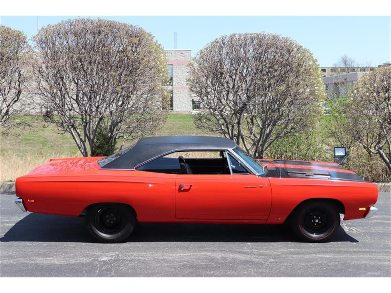 Large Picture of Classic '69 Plymouth Road Runner - $89,900.00 - NENK