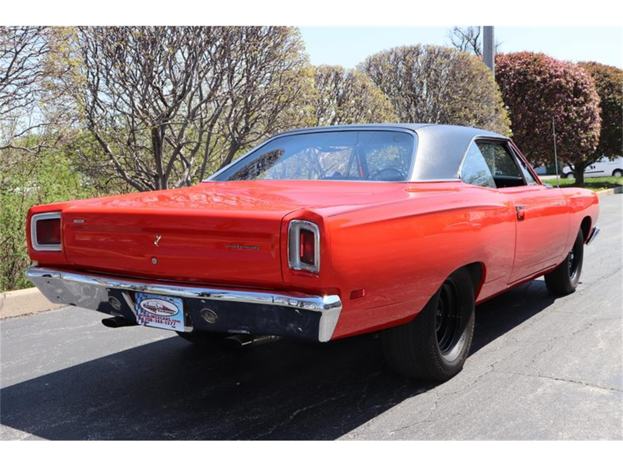 Large Picture of Classic 1969 Plymouth Road Runner - NENK