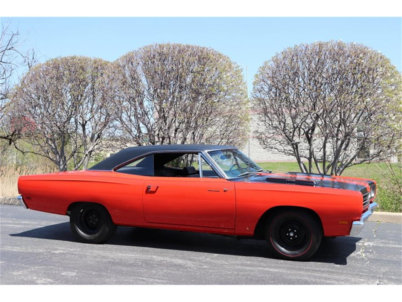 Large Picture of Classic '69 Plymouth Road Runner located in Alsip Illinois - NENK