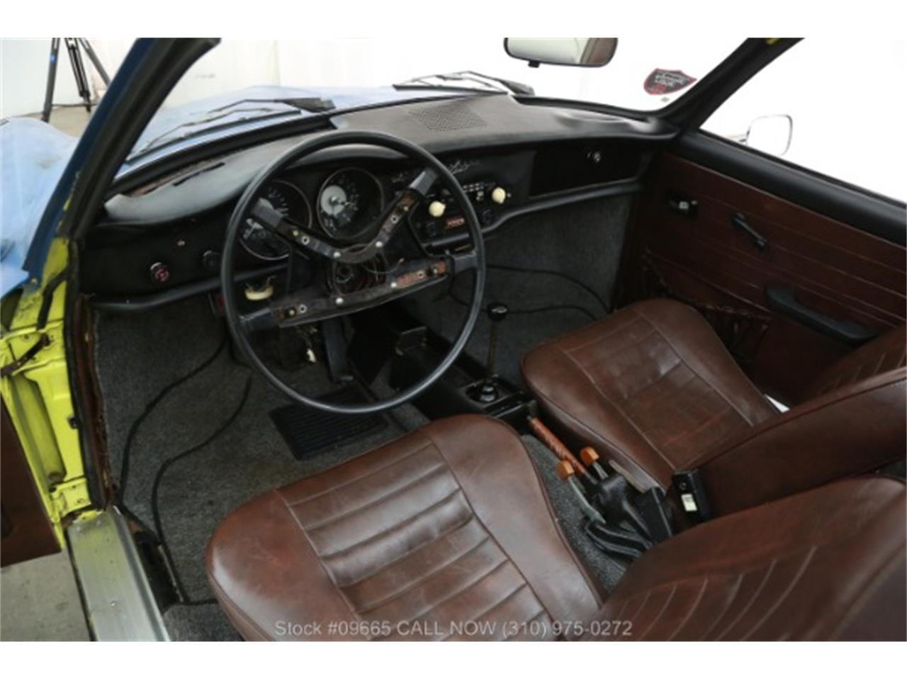 Large Picture of '73 Karmann Ghia - NES9