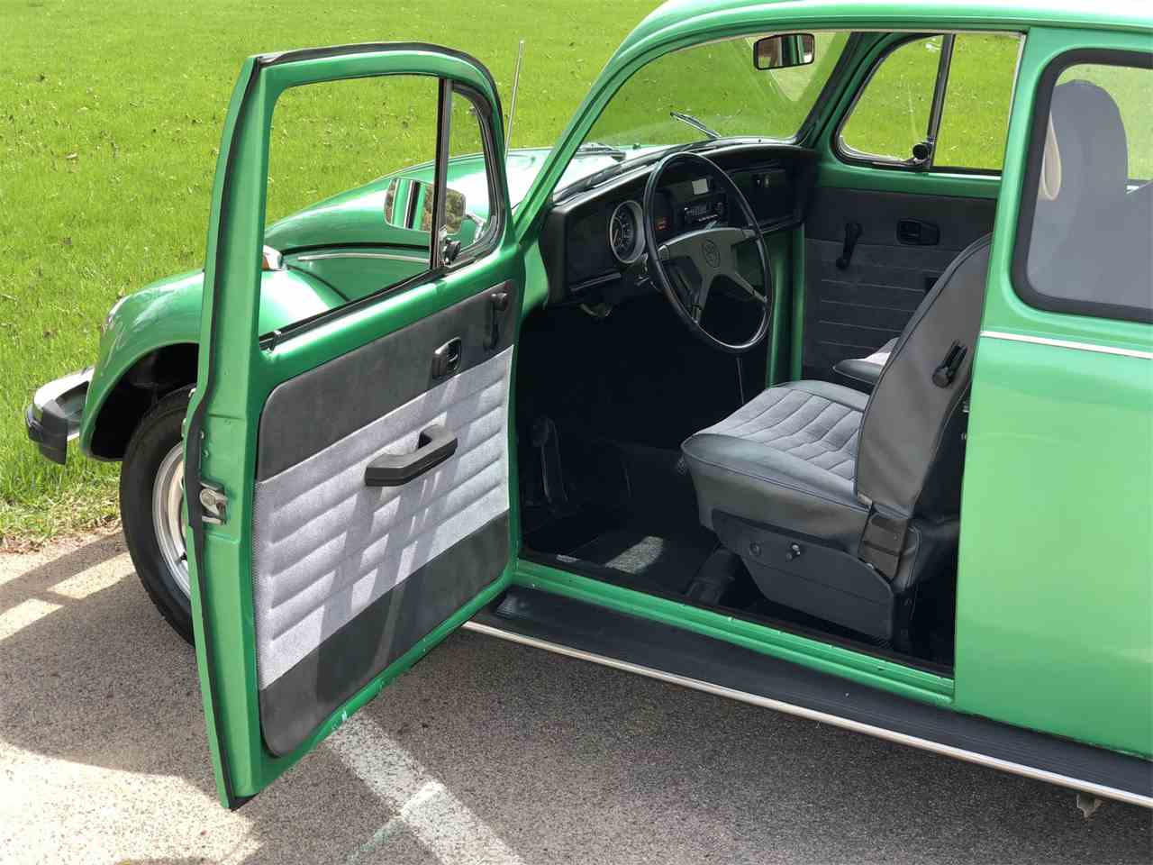 Large Picture of '74 Volkswagen Beetle located in Minnesota - NESE