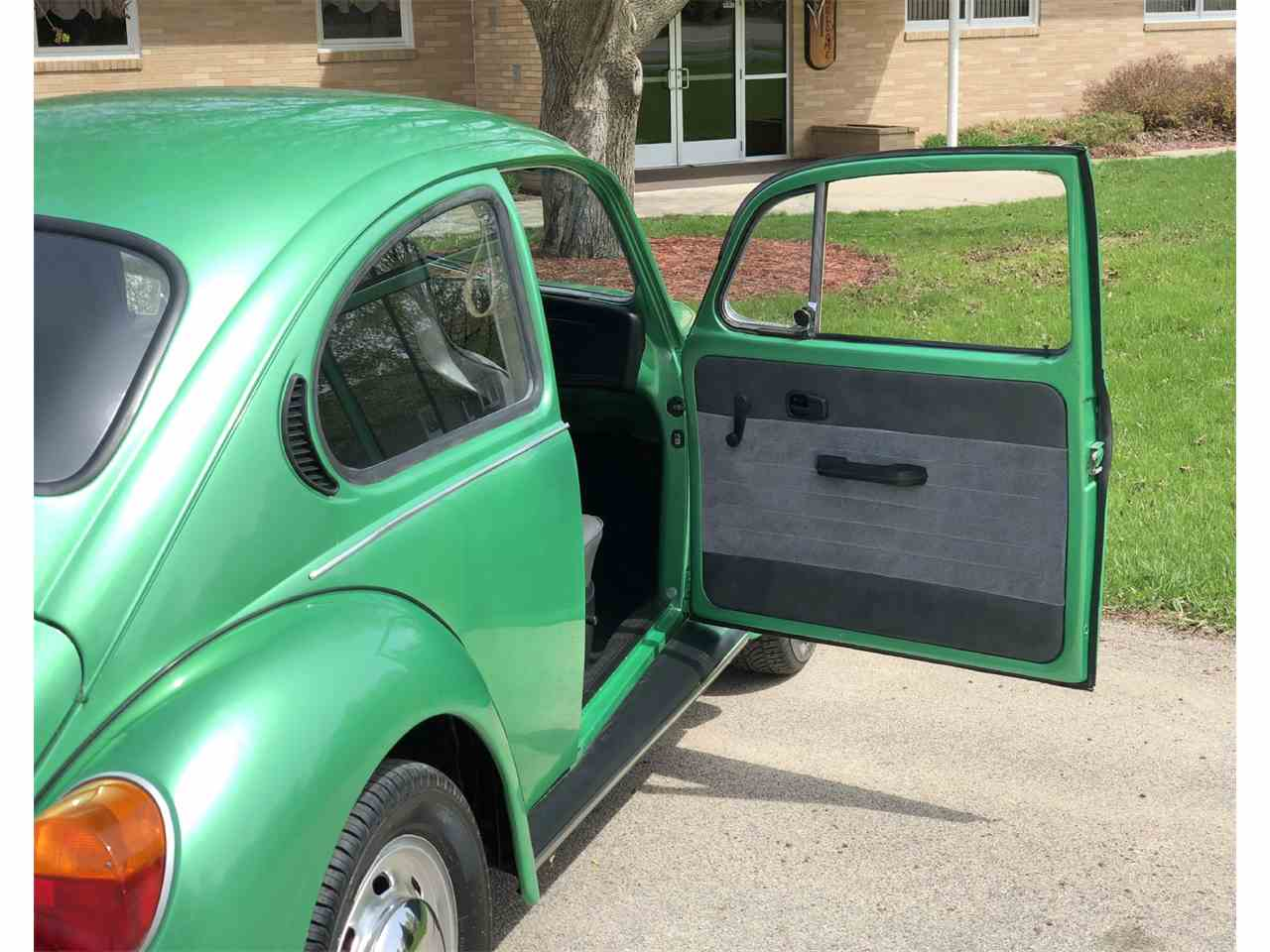 Large Picture of 1974 Beetle located in Maple Lake Minnesota - NESE