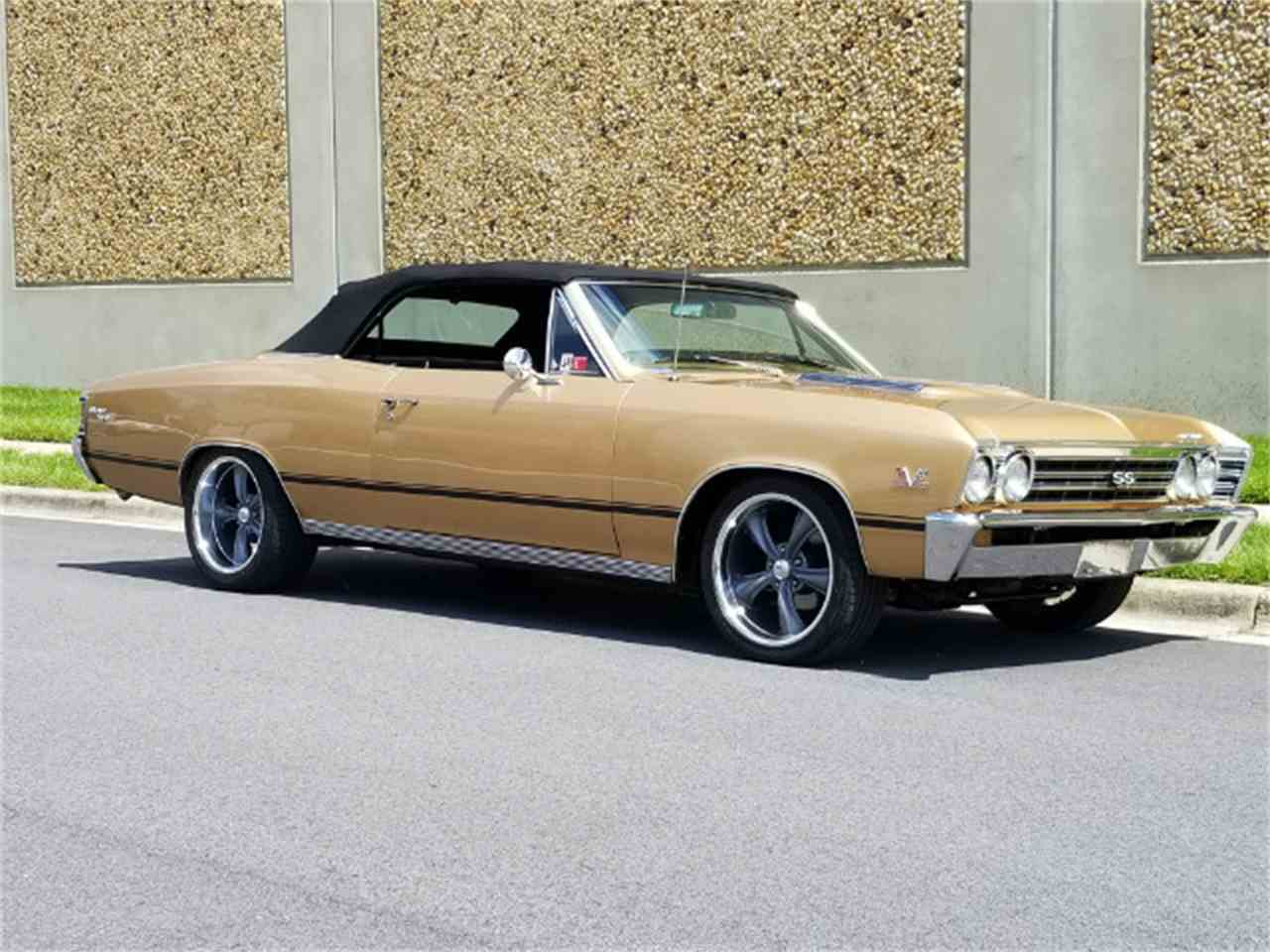 Large Picture of '67 Chevelle - NEUA